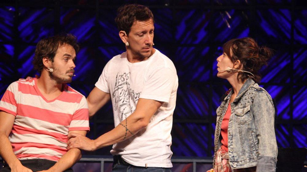 """Mientras Nico Vázquez hacía una función de """"El Otro Lado de la Cama"""", robaron en los camarines del teatro"""