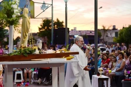 San Fernando acompaño el 21° aniversario de la entronización de la Virgen de Lourdes