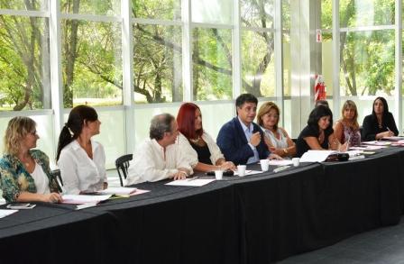 En Vicente López se llevó a cabo el segundo encuentro de temáticas pedagógicas y educativas de la provincia de buenos aires, donde participaron representantes del sector educativo de diferentes distritos de la provincia.