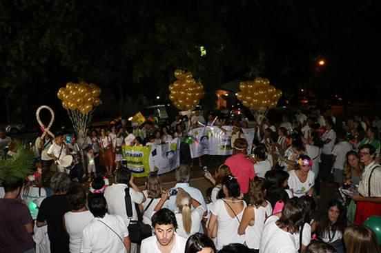 Multitudinaria caminata en San Isidro por el Día Internacional del Cáncer Infantil