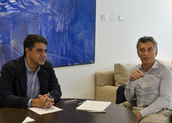 El presidente Mauricio Macri recibió hoy en la residencia oficial de Olivos, al intendente del partido bonaerense de Vicente López y primo del mandatario, Jorge Macri,