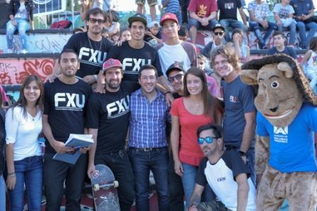 """El marplatense Aaron Ríos se impuso en la segunda fecha del Campeonato Argentino Federado Amateur de Skateboarding (CAFAS), disciplina Street, que se desarrolló en el skatepark """"BataPark"""" de Malvinas Argentinas, y que contó con 48 participantes."""