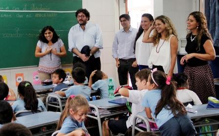 Agustina Ciarletta recorrió San Fernando junto al ministro de Cultura Nacional Pablo Avelluto.