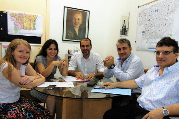 Los concejales Joaquín Noya - Malena Cholakian - Lorenzo Beccaria - Julieta Martínez Molto - Rubén Volpi anunciaron hoy la conformación del nuevo interbloque en le HCD de Vicente López.