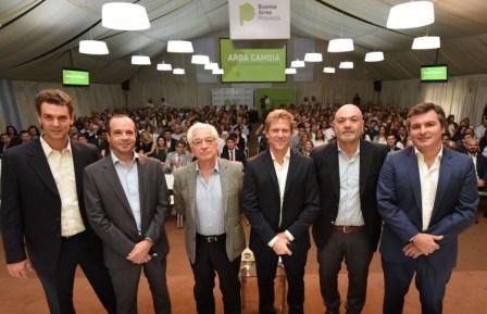 Durante un encuentro de trabajo realizado en la Casa de Gobierno bonaerense, que reunió a 500 agentes de ARBA, el director del organismo, Gastón Fossati