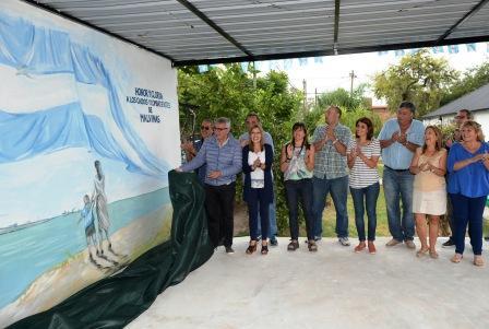 A 35 años de Malvinas, Julio Zamora descubrió el nuevo mural de la Unión de ex Combatientes de Tigre