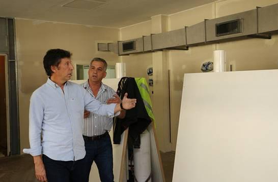 El intendente de San Isidro, Gustavo Posse, recorrió las obras que brindarán mayor confort a los pacientes.
