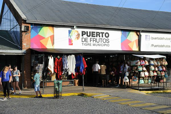 Comerciantes del Puerto de Frutos de Tigre reclaman un protocolo para abrir
