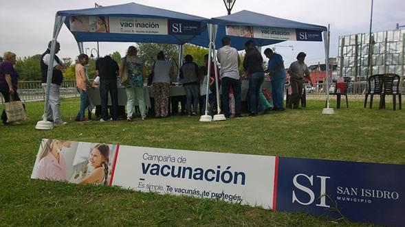 Seis mil personas se vacunaron contra la gripe en San Isidro