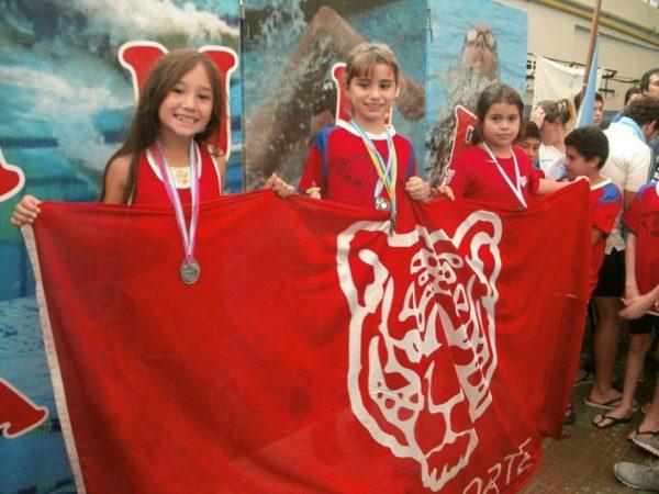 Brillante desempeño de los chicos del Polideportivo Güemes en el torneo de natación CINNE