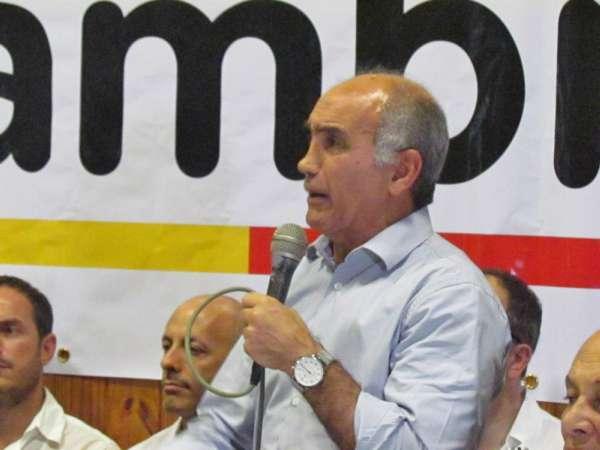"""Daniel Salvador, rechazó hoy que María Eugenia Vidal no """"quiera"""" a Elisa Carrió"""