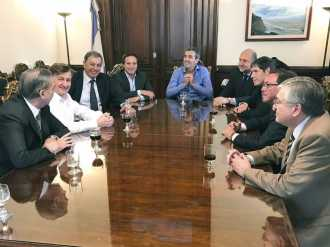 Randazzo se reunió con senadores del PJ