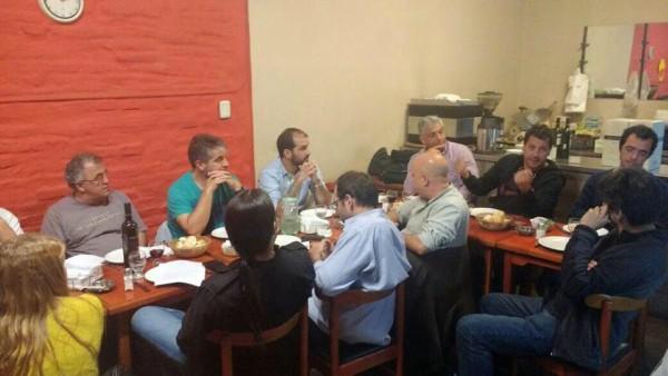 Empresarios Pymes de Vicente López y Concejales FpV-PJ reunidos por situación económica