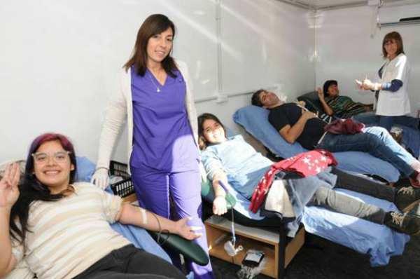 En la Horqueta gran cantidad de gente donó sangre para salvar vidas
