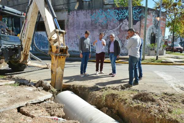 Julio Zamora supervisó el avance de obras hidráulicas en Tigre centro