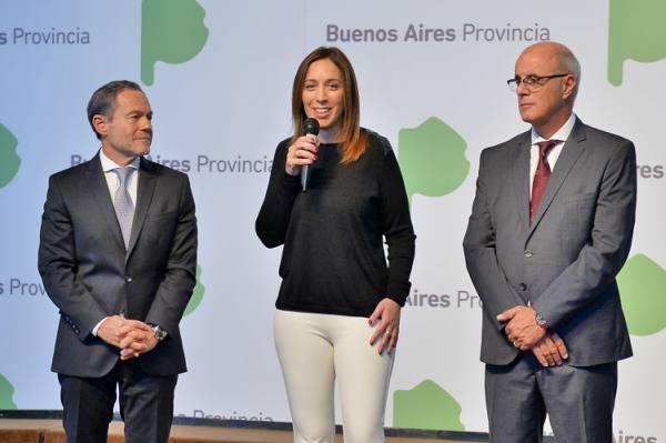 La gobernadora bonaerense, María Eugenia Vidal, junto al ministro de Justicia provincial, Gustavo Ferrari, anunció hoy la creación de la Oficina de Fortalecimiento Institucional (OFI), para avanzar contra la corrupción, que estará a cargo de Luis María Ferella.