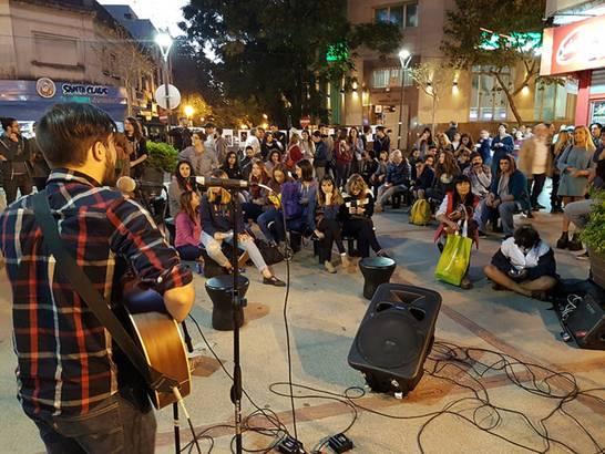 Se realizó en San Isidro la segunda edición del ciclo acústico de música callejera