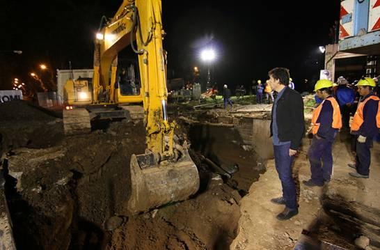 Montaron los puentes ferroviarios del túnel de calle España en San Isidro