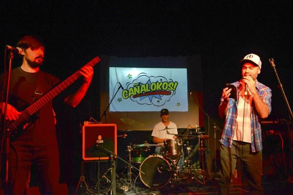 La música de Caña de Azúcar hizo vibrar al Teatro Martinelli