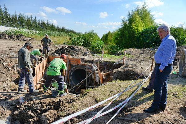 Andreotti supervisó las obras hidráulicas en Villa Jardín