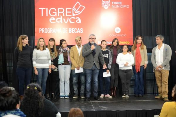 """El programa """"Tigre Educa"""" beneficiará a 400 estudiantes terciarios y universitarios"""