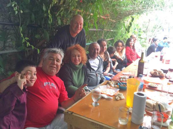 Roberto Passo dialogó con vecinos de Don Torcuato