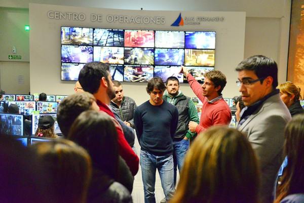 """Juan Andreotti recorrió con jóvenes de """"La Renovadora"""" el centro de operaciones San Fernando"""