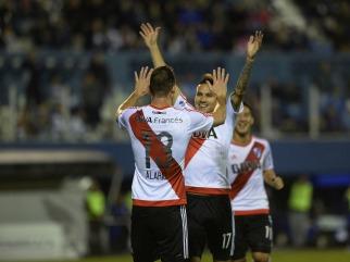 River goleó a Gimnasia en La Plata y se mantiene al acecho de Boca