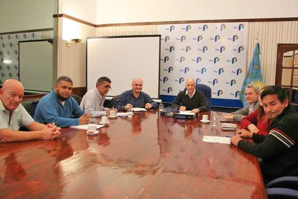Pilar cerró la paritaria municipal con un aumento del 26,5%