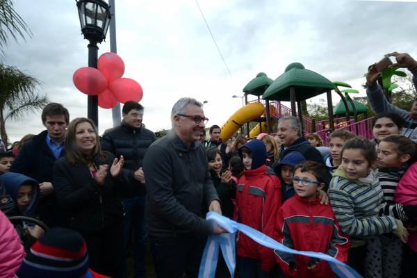 El intendente de Tigre, Julio Zamora, inauguró la remodelación de la histórica Plaza de El Talar