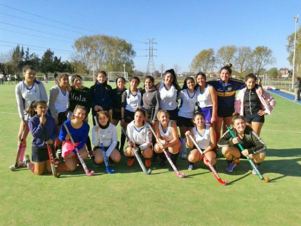 El hockey femenino de Tigre se prepara para los torneos bonaerenses y regionales