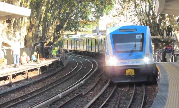 Están interrumpidos dos ramales de la línea Mitre de trenes por falta de electricidad