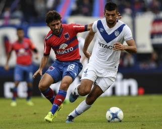 Vélez volvió al triunfo y dejó a Tigre sin DT