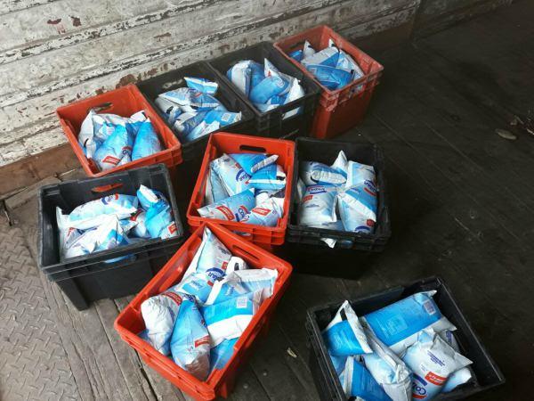 Decomisan 360 litros de leche en mal estado en Pilar