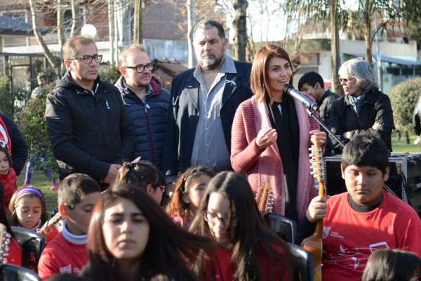 Don Torcuato homenajeó a la bandera nacional con la Orquesta Infanto Juvenil de Baires Bancalari