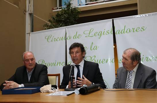 Gustavo Posse fue distinguido por la legislatura provincial