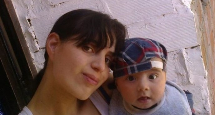 A Gerogina le dispararon a quemarropa con una escopeta, mientras su hijo sigue desaparecido