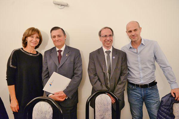 Alicia Aparicio compartió la asunción del nuevo presidente del Rotary Club San Fernando