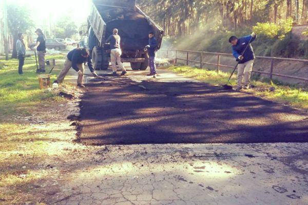 Continúan los trabajos de bacheo en más puntos de Tigre