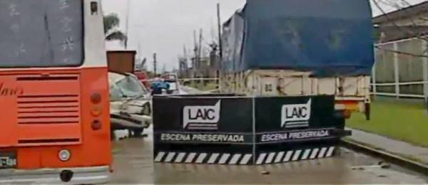 Triple choque fatal entre un camión, una camioneta y colectivo dejó un saldo de dos muertos en Tigre
