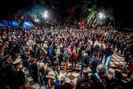 Cientos de familias festejaron un nuevo aniversario de la independencia en Martínez