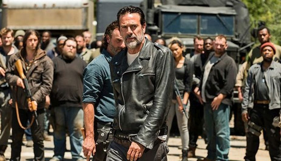 The Walking Dead paralizó el rodaje de su octava temporada por un grave accidente dentro del set