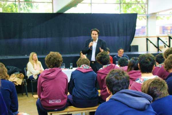 Federico Meca y Pupi Durand participaron del primer debate para candidatos a concejales en San Isidro