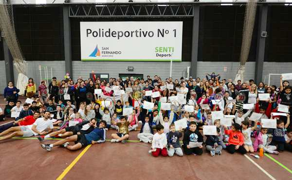 La Escuela Municipal de Tenis de San Fernando realizó un gran encuentro Interpolis