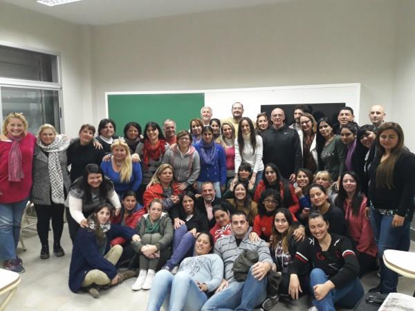 El Municipio de Tigre, junto con la Universidad Nacional de San Martín y el Centro de Estudios de Formación y Animación Social (CEFAS), presentó el Programa de Liderazgo para la Transformación, una serie de cursos de capacitación para referentes sociales del distrito.