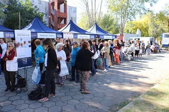 Los programas SI en tu Barrio y el Mercado en tu Barrio estarán en Boulogne