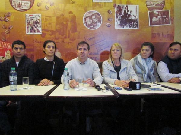 Margarita Stolbizer recorrió el centro de Munro junto con los candidatos de 1País Vicente López