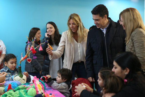 El intendente de Vicente López, Jorge Macri, recorrió las flamantes instalaciones del Centro Barrial de Infancia y la Unidad de Atención Primaria del barrio El Ceibo, junto a la subsecretaria de Hábitat de la Nación, Marina Klemensiewicz; y la Diputada Nacional, Soledad Martínez.