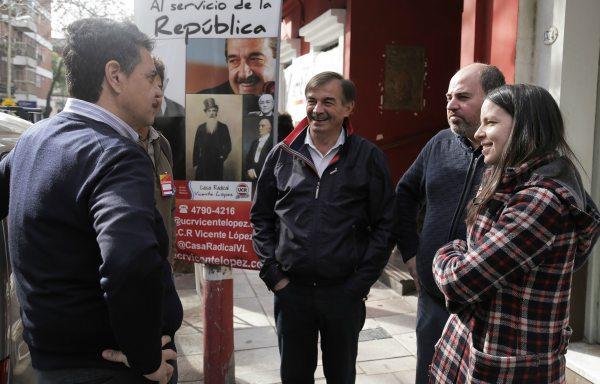 Jorge Macri y Soledad Martínez participaron de un nuevo timbreo en Vicente López