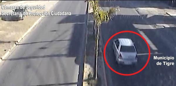 Fue detenido cuando robaba autos silenciando alarmas